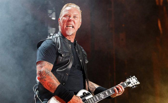 James Hetfield, Vokalis dari Metallica