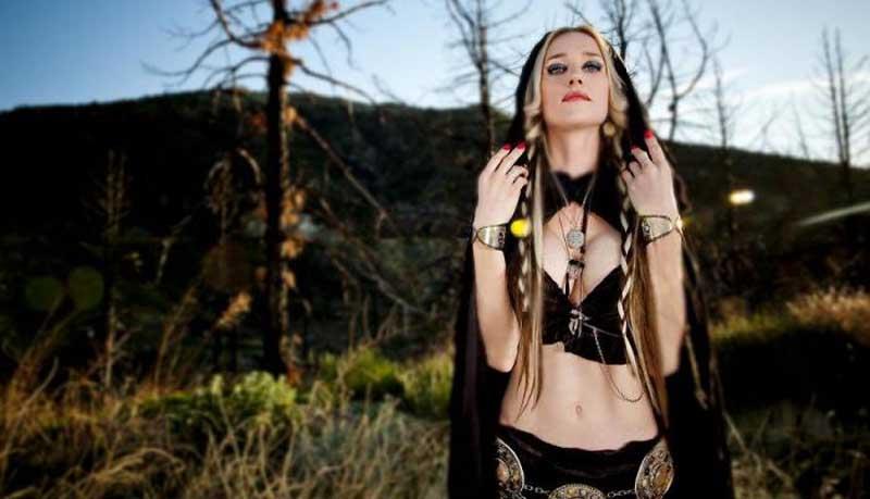 huntress frontwoman jill janus dead at 43
