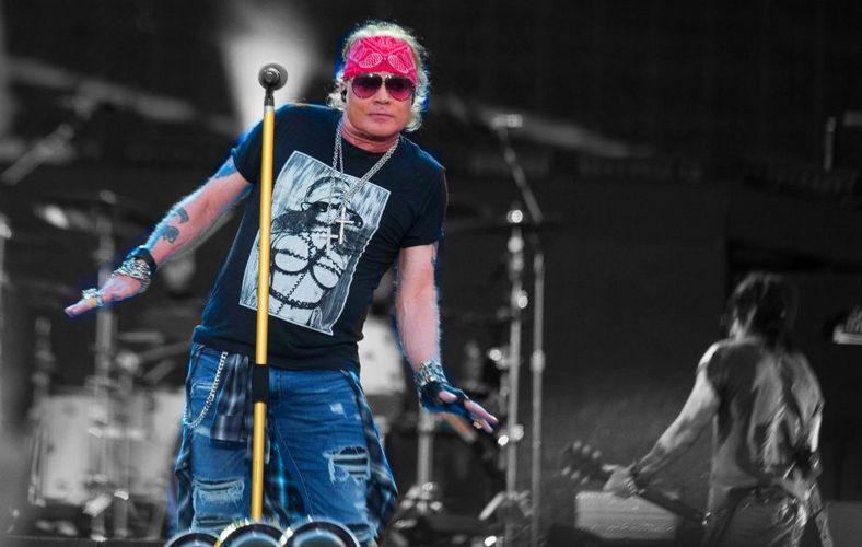 Guns N' Roses' Axl Rose Stole Signature of Slash For Sending A Cute