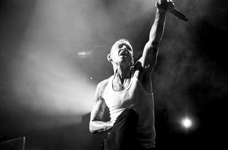 Linkin Park Singer Chester Bennington's Final Performance
